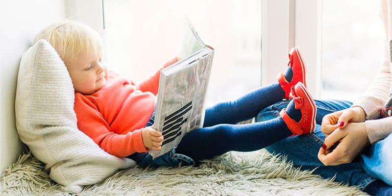 child-love-reading 1